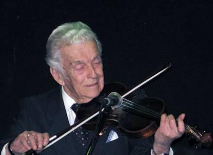 Alfred Schreyer - śpiew i skrzypce /materiały prasowe