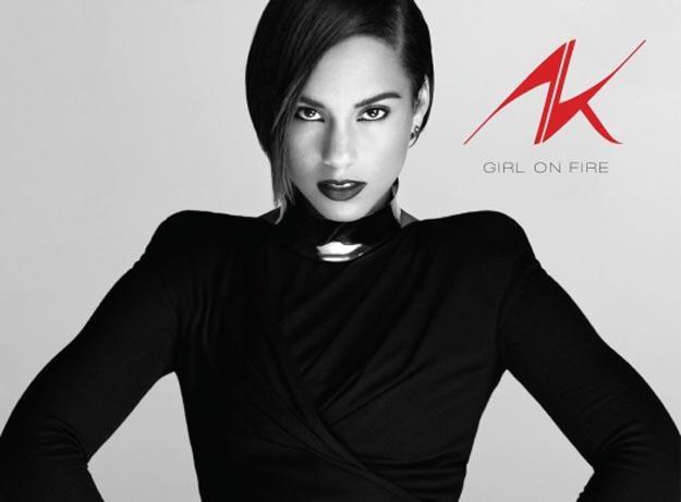 """Alicia Keys na okładce albumu """"Girl On Fire"""" /"""