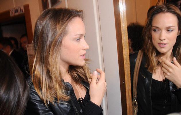 Alicja Bachleda-Curuś do Polski przyleciała w towarzystwie syna, fot.Diana Domin  /East News