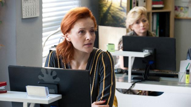 Alicja i Iwona są jak sercowe pogotowie. Przez sieć pomagają w uczuciowych kłopotach. /TVN