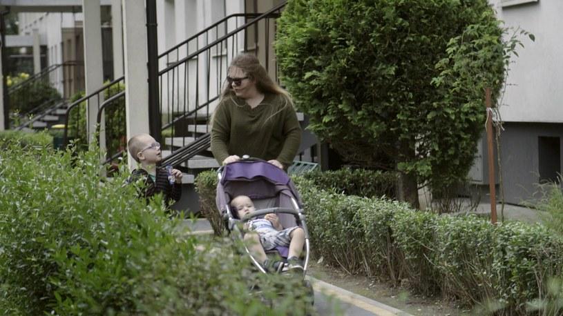Alicja Strusz, młoda mama, ma do spłacenia 60 tysięcy złotych /Polsat