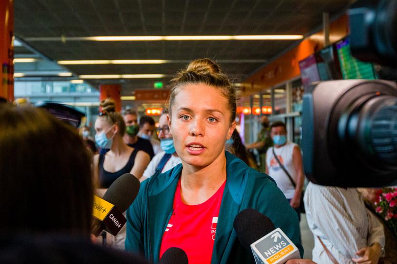 Alicja Tchórz w rozmowie z dziennikarzami po powrocie z Tokio /Fot. Paweł Pietranik /Newspix