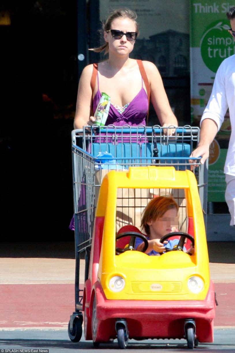 Alicja z synem /- /East News