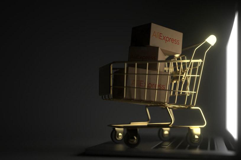 AliExpress przebojem wchodzi na nasz rynek /123RF/PICSEL