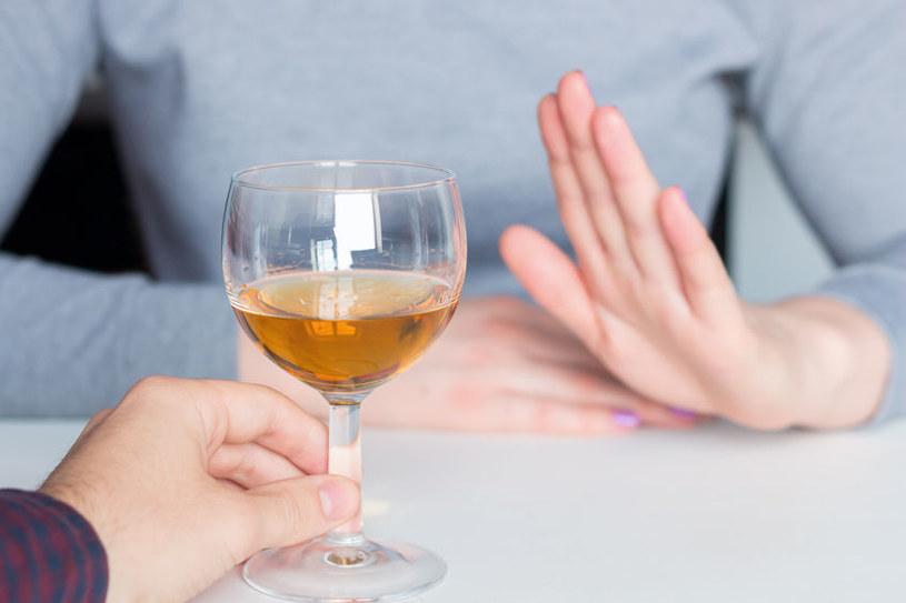 Alkohol jest szkodliwy /©123RF/PICSEL