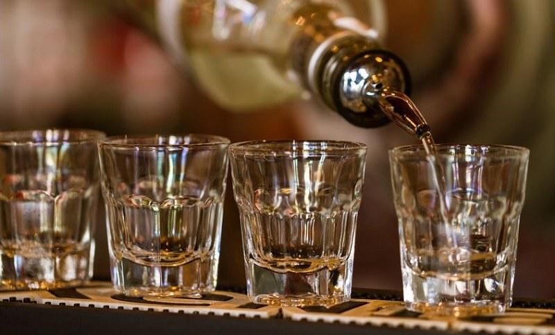 Alkohol nie powodujący kaca? Okazuje się, że to wcale nie żart /123/RF PICSEL