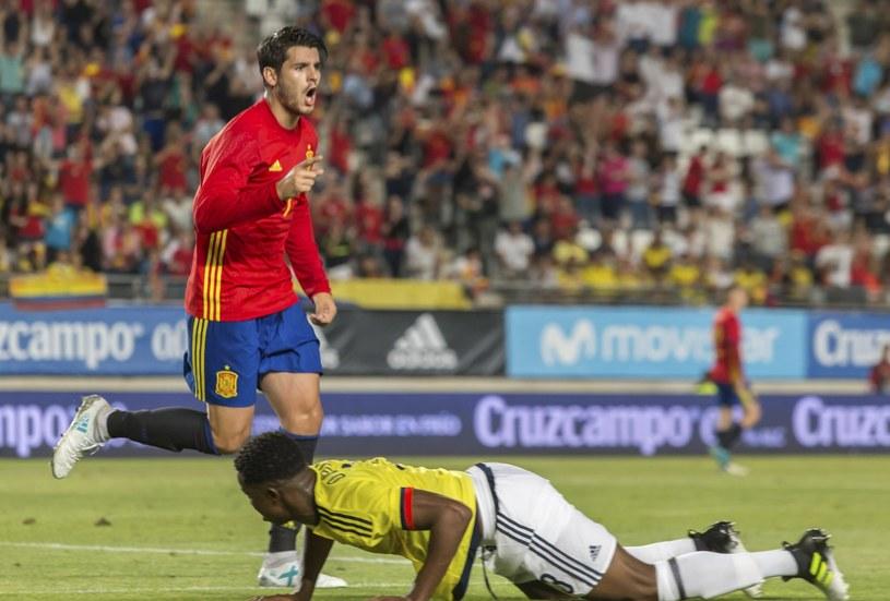 Alvaro Morata cieszy się z bramki dla Hiszpanii /PAP/EPA