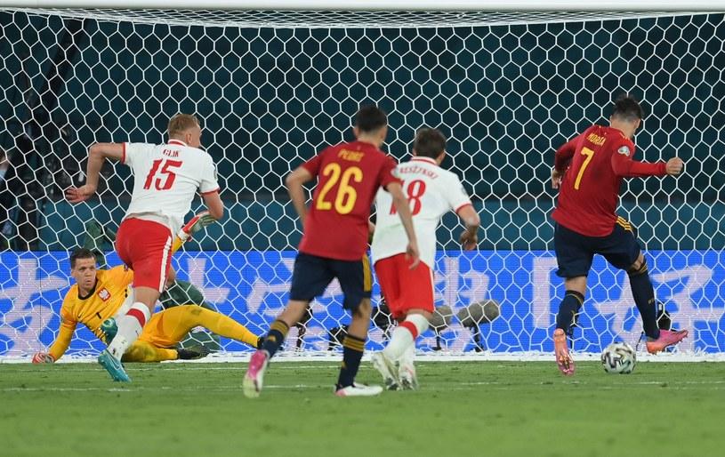 Alvaro Morata zdobył bramkę dla Hiszpanii w meczu z Polską /AFP