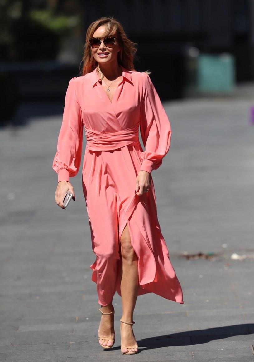 Amanda Holden założyła piękną sukienkę /MAHI /East News