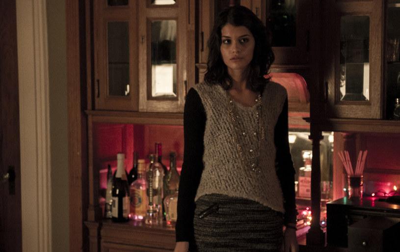"Amara Karan w serialu ""Długa noc"" /HBO"