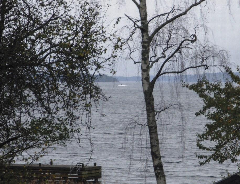 Amatorskie zdjęcie zaprezentowane przez szwedzkie siły zbrojne /PAP/EPA/SWEDISH DEFENCE / HANDOUT /PAP/EPA