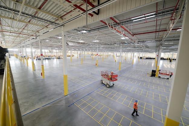 Amazon jutro otwiera podwoje w Sadach k. Poznania /PAP
