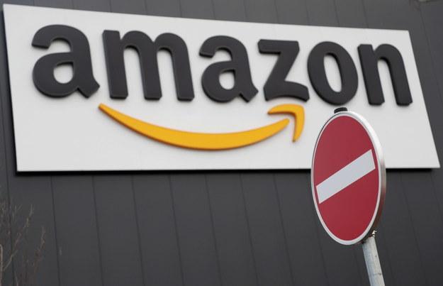 Amazon zabronił policji korzystania z jego programu rozpoznawania twarzy /Friedemann Vogel /PAP/EPA