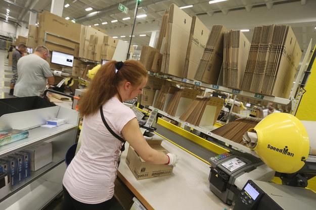 Amazon zatrudni w USA ponad 120 000 tymczasowych pracowników /Sean Gallup /Getty Images