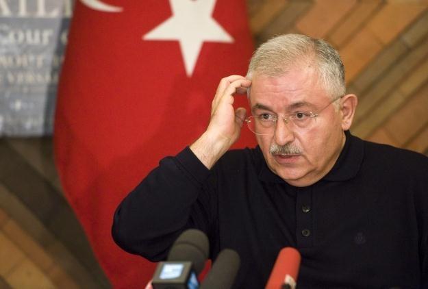 Ambasador Turcji w Paryżu Tahsin Burcuoglu /PAP/EPA