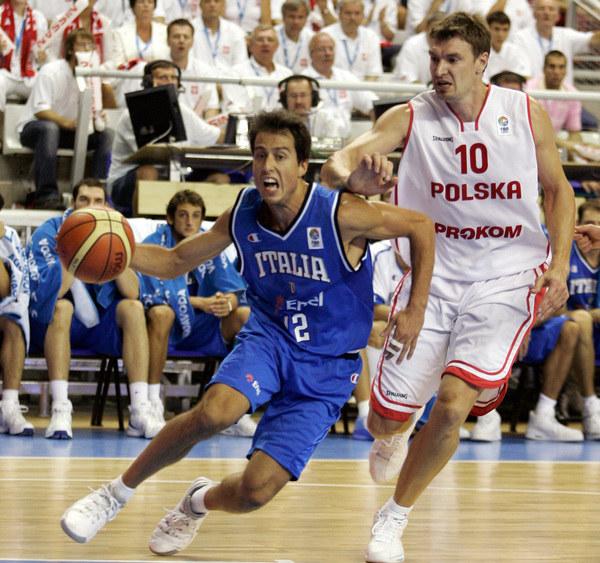 Ambasadorem turnieju jest legenda polskiej koszykówki - Adam Wójcik /AFP