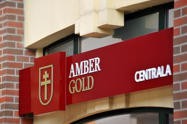 Amber Gold - logo na dawnej siedzibie w Gdańsku. Fot. Wojciech Stróżyk /Reporter