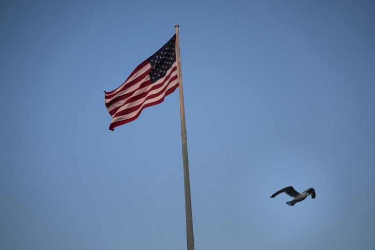 Amerykanie nie mogą wystawić aktów zgonu zaginionym; zdj. ilustracyjne /BRENDAN SMIALOWSKI / AFP /AFP