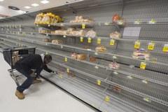 Amerykanie robią zapasy. Boją się ataku śnieżycy