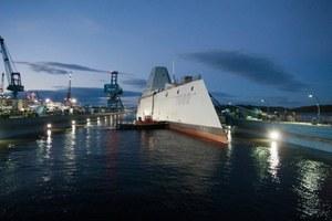 Amerykanie zwodowali supernowoczesny niszczyciel typu Zumwalt