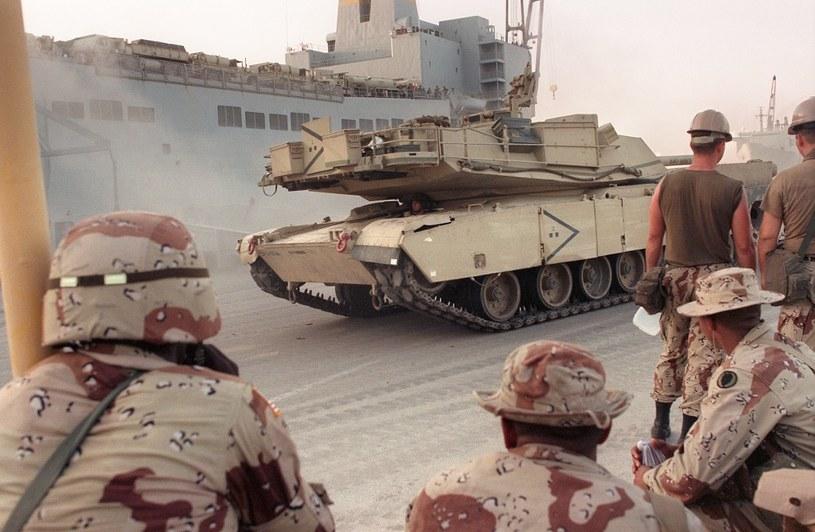 Amerykańscy żołnierze przed opuszczeniem bazy w Arabii Saudyjskiej /AFP