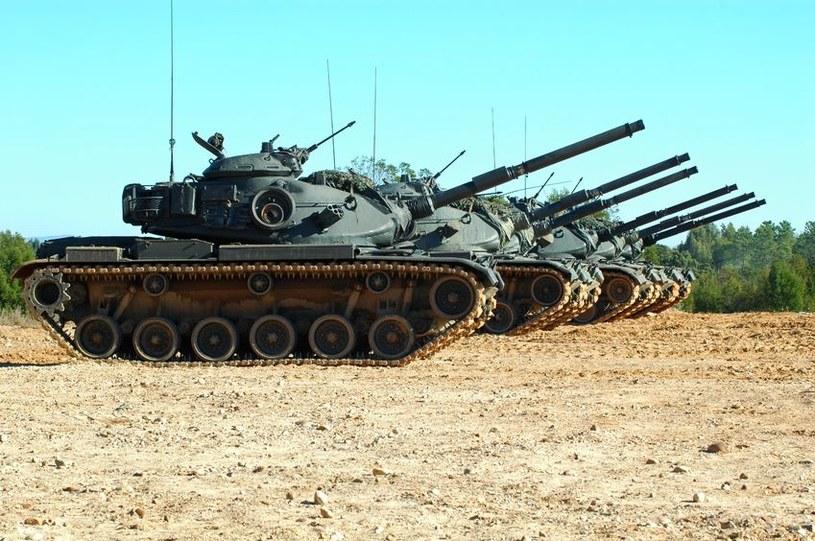 Amerykańska armia chętnie sięga po zdobycze nowych technologii. Czy wkrótce doczekamy się wyposażenia znanego do tej pory z filmów science-fiction? /123RF/PICSEL