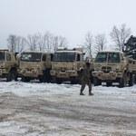Amerykańska ciężarówka utknęła pod wiaduktem w Żaganiu