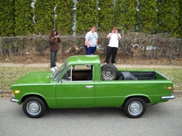 Amerykański fiat 125 pickup /