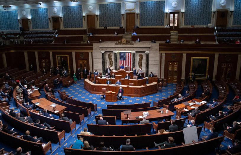 Amerykański Kongres zatwierdził wygraną demokraty Joe Bidena /SAUL LOEB / POOL / AFP /AFP