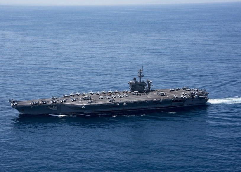 Amerykański lotniskowiec atomowy USS Carl Vinson, /US DEPARTMENT OF DEFENSE /PAP/EPA