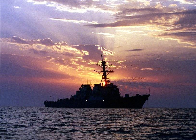 Amerykański niszczyciel USS Carney /FELIX GARZA / US NAVY  /AFP