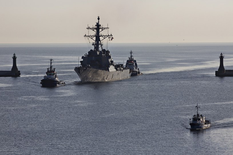 Amerykański niszczyciel USS Donald Cook (DDG-75), zdj. ilustracyjne /KRZYSZTOF MYSTKOWSKI/KFPf /Reporter
