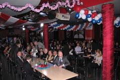 Amerykański wieczór wyborczy w krakowskim klubie Żaczek