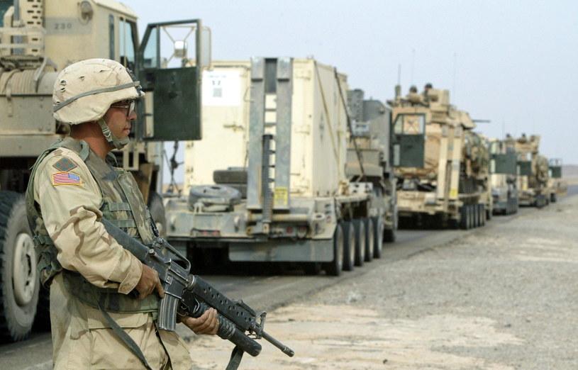 Amerykański żołnierz w Kirkuku, zdj. wykonane w 2003 roku /ALI HAIDER /PAP