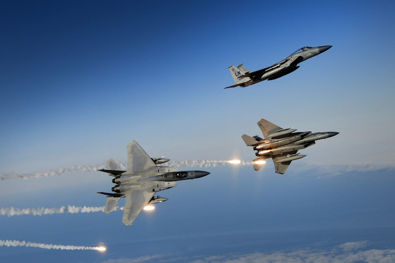 Amerykańskie F-15C Eagles /Cover Images /East News