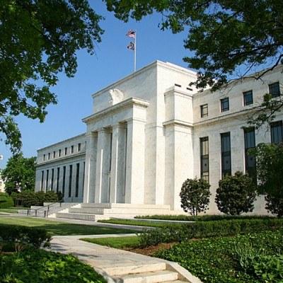 Amerykańskie władze centralne zaskoczyły rynek /AFP