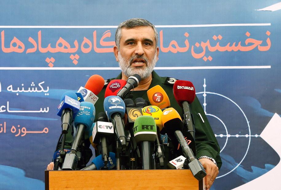 """Amir Ali Hadżizadeh Dowódca sił powietrznych Gwardii Rewolucyjnej Iranu ogłosił w sobotę, że jego jednostka bierze na siebie """"całkowitą odpowiedzialność"""" za przypadkowe zestrzelenie ukraińskiego samolotu pasażerskiego /Abedin Taherkenareh   /PAP/EPA"""