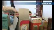 Amunicja, proch i monety w szafce sprzątaczki