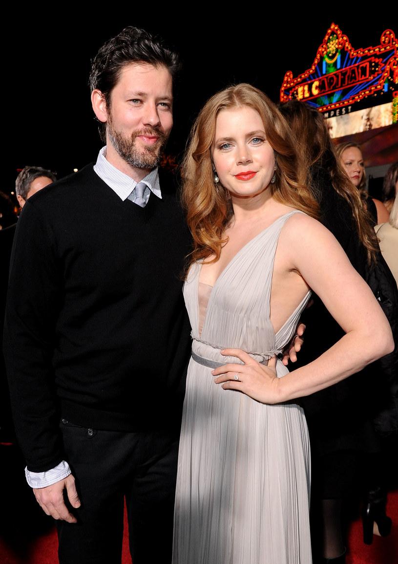 Amy Adams i  Darren Le Gallo w 2010 roku /John Sciulli/Getty Images /Getty Images