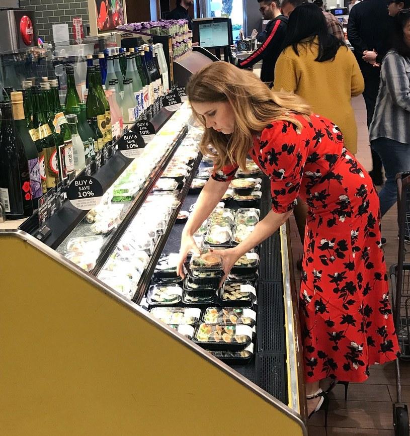 Amy Adams robi zakupy /East News