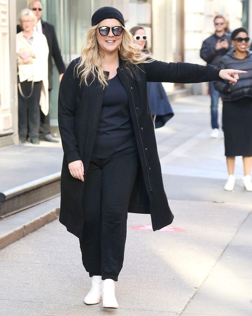 Amy Shumer w Nowym Jorku, już po ujawnieniu informacji o ciąży /East News