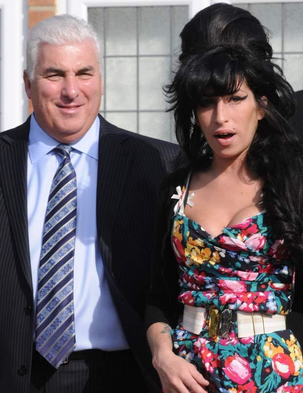 Amy Winehouse z tatą   /Splashnews