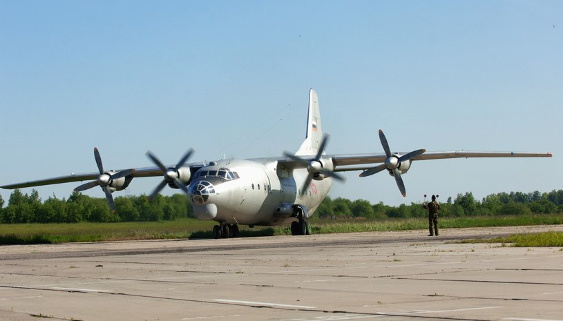 An-12 (zdj. ilustracyjne) /Pyatakov Sergey/AFP /East News