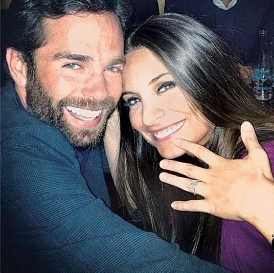 Ana Brenda i Alejandro byli parą tylko przez półtora roku. Podobno torreador regularnie ją zdradzał /materiały prasowe