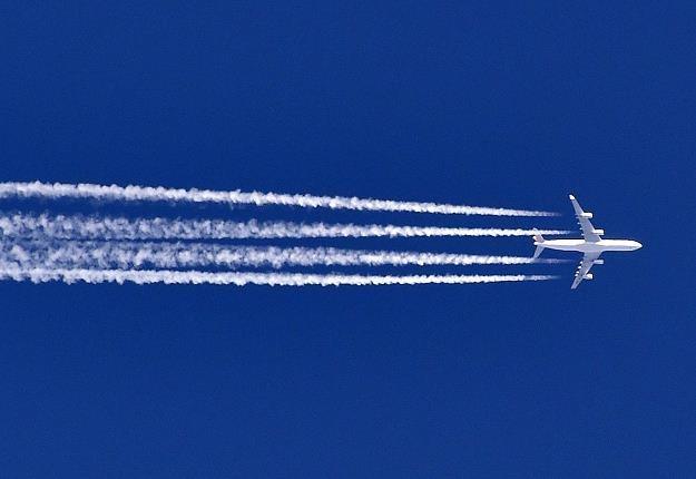 Analitycy transportu lotniczego stawiaja na małe samoloty tanich linii /AFP