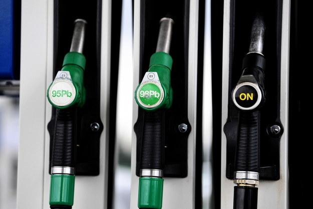 Analitycy: W nadchodzącym tygodniu wszystkie paliwa na stacjach będą drożeć /Darek Delmanowicz /PAP