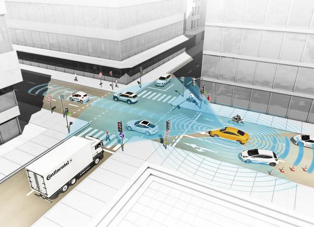 Analiza ruchu miejskiego jest skomplikowana. Póki co automatyczna jazda w takich warunkach jest niemożliwa. /Continental