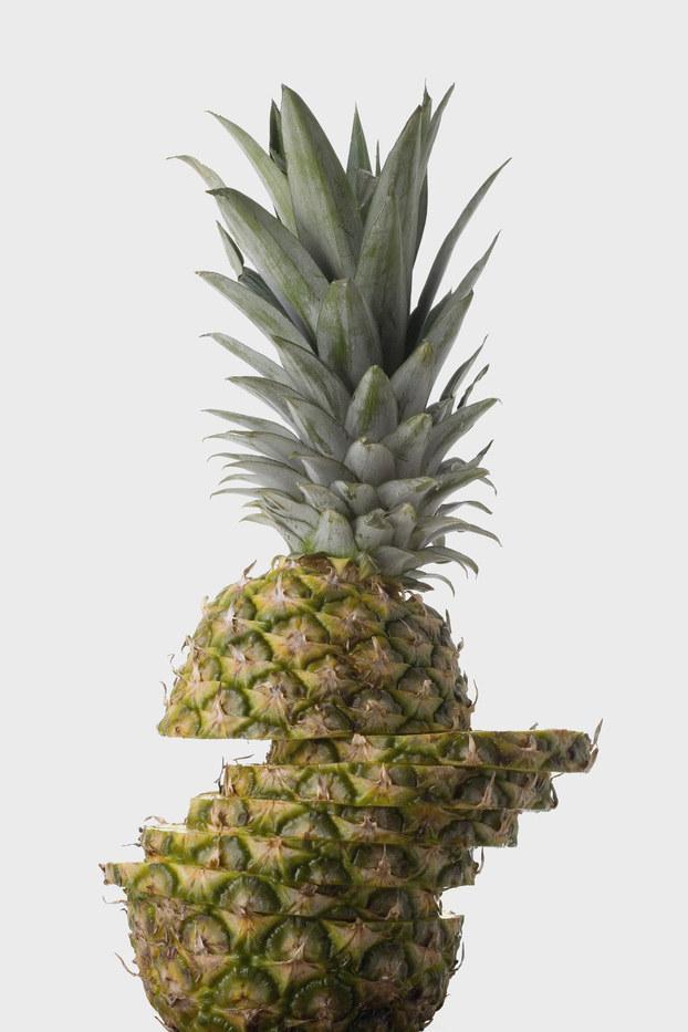 ananas na zdrowe zęby /© Photogenica