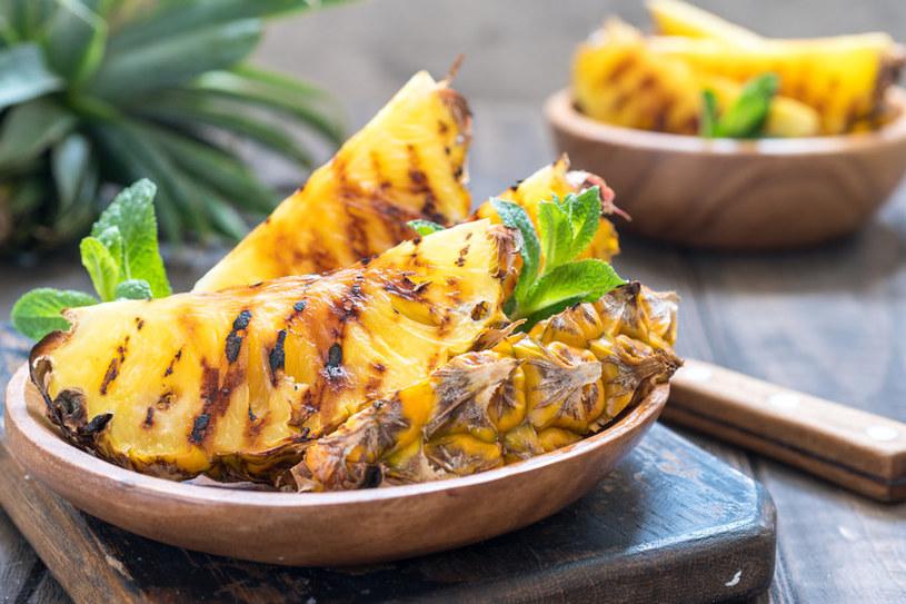 Ananas nadaje się do grillowania /123RF/PICSEL