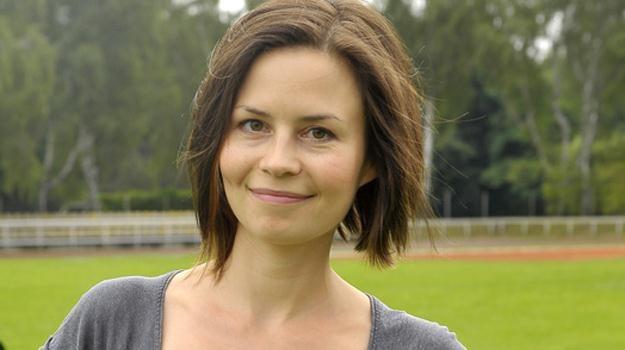Ance pozostaje skupić się na pracy - mówi o swojej serialowej bohaterce aktorka / fot. Kurnikowski /AKPA